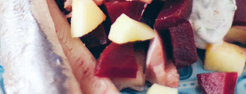 Haringsalade met bieten en appel