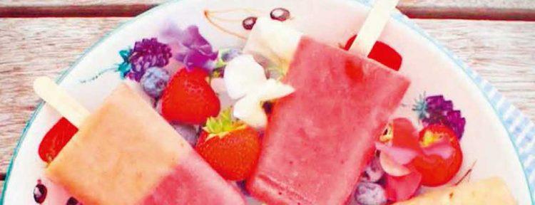 Suikervrije aardbeien ijsjes zelf maken - Gezond aan tafel - recept