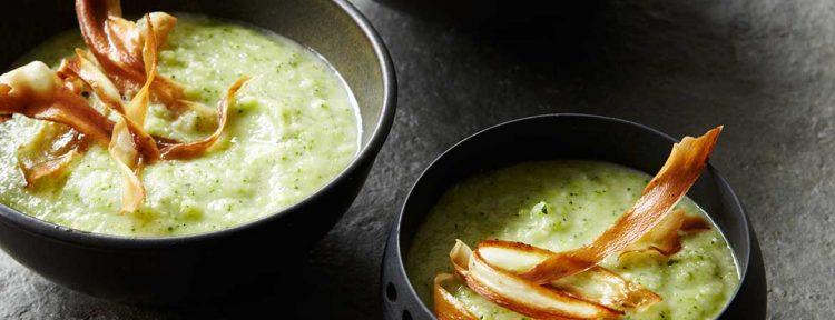 Paleo broccoli pastinaak soep - Gezond aan tafel - recept
