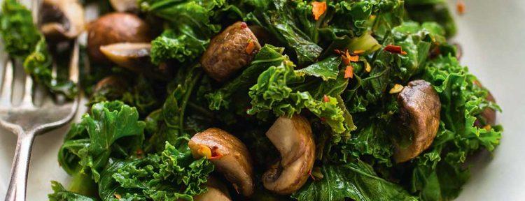 Geroerbakte boerenkool en champignons - Gezond aan tafel - recept