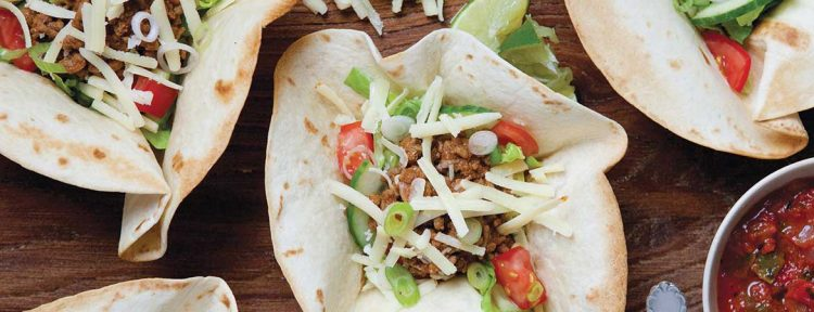 Chili salade in tortilla bakjes - Gezond aan tafel - recept
