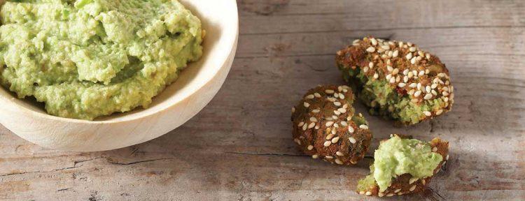 Falafel met pittige pindasaus (tamaaya) - Gezond aan tafel - recept