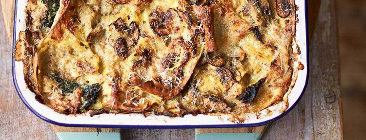 Lasagne met savooiekool, champignons en kip van Jamie Oliver - Gezond aan tafel - recept