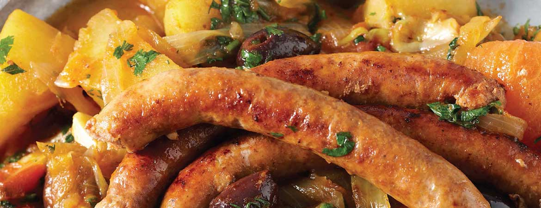 Harissa stoofschotel met merquez worstjes & zoete aardappel