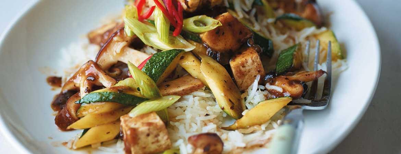 Rijst met shiitake en zwarte bonen tofu