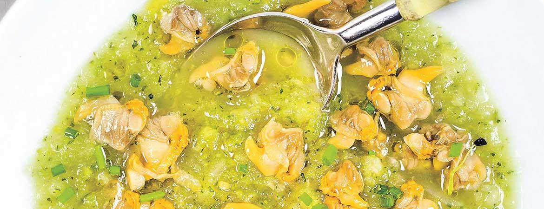 Courgette venkel soep met kokkels
