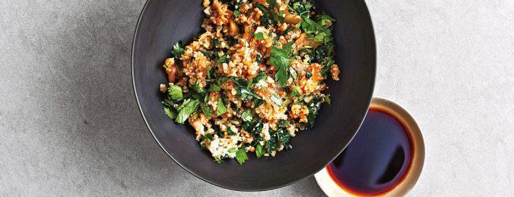 Gebakken bloemkoolrijst met kimchi - Gezond aan tafel - recept