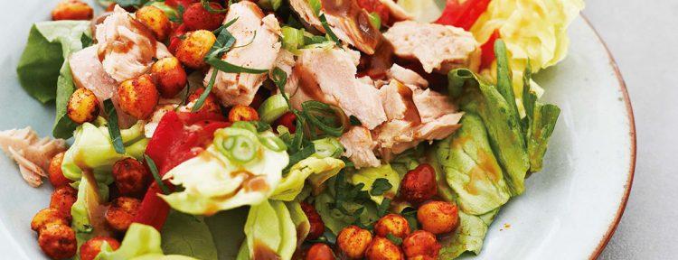 Salade met tonijn, pequillo pepers en Spaanse dressing - Gezond aan tafel - recept