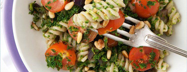 Speltpasta met boerenkoolpesto - Gezond aan tafel - recept