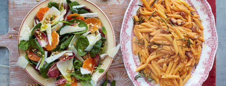Chorizo carbonara met salade van Jamie Oliver - Gezond aan tafel - recept