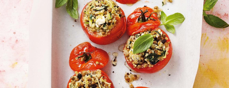 Gevulde tomaten met quinoa en linzen