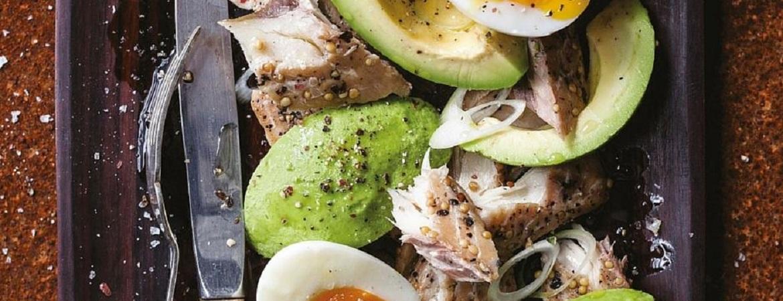 Gerookte makreel met avocado en citroen