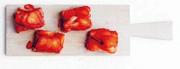 Havermoutkoekjes met aardbei - Gezond aan tafel - recept