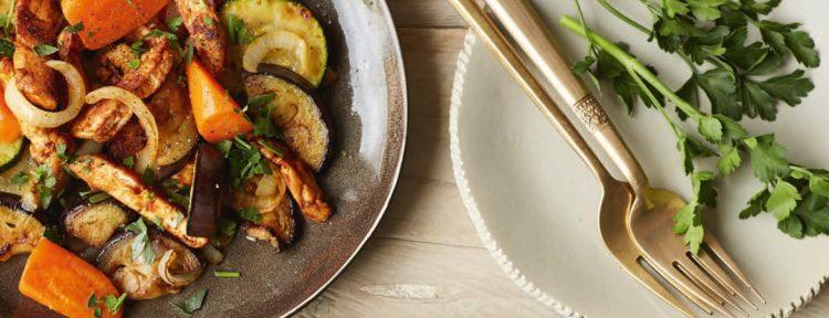 Marokkaanse groentesalade met kip - Gezond aan tafel - recept