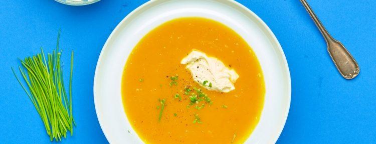 Geroosterde-pompoensoep met creme fraiche - Gezond aan tafel - recept
