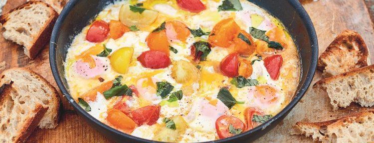 Gebakken eieren met mozzarella (Jamie Oliver) - Gezond aan tafel - recept