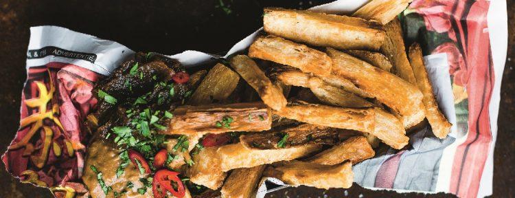 Cassavefriet met bananenketchup en pindasaus - Gezond aan tafel - recept