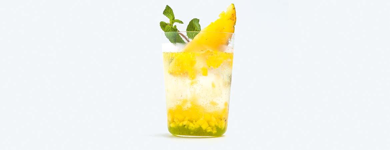Munt-ananasspritzer