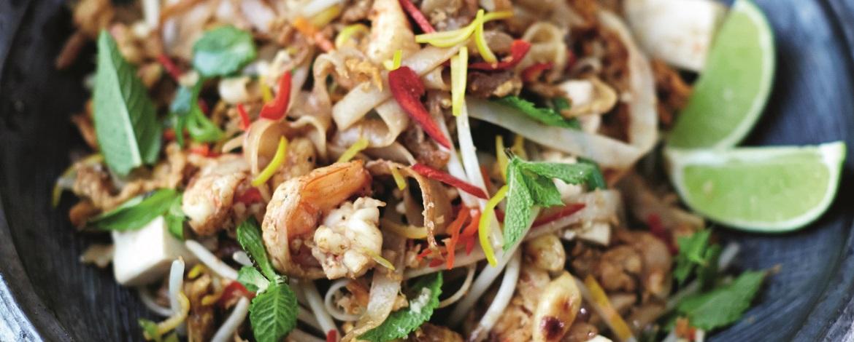 Pad thai met garnalen & tofu (Jamie Oliver)