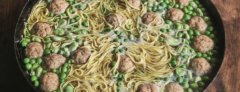 Stoofkip met matzeballen en mosterdsaus (Jamie Oliver)
