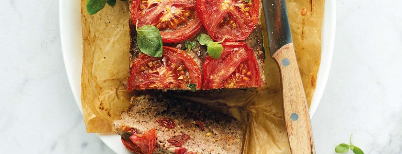 Italiaans gehaktbrood met tomaat