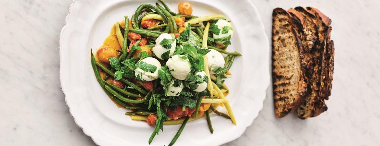 Boze bonensalade met mozzarella en munt (Jamie Oliver)