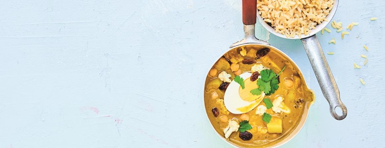 Bloemkoolcurry met ei & rijst