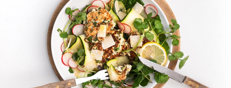 Groentekoekjes met ricotta & salade